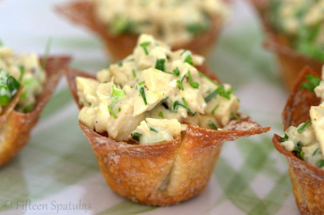 Green Curry Chicken Salad Recipe in Crispy Baked Wonton Cups