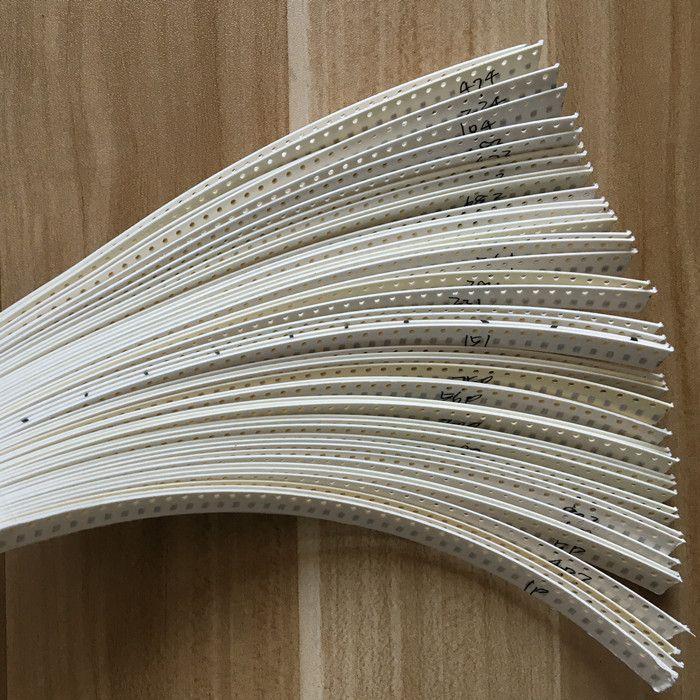 0805 SMD Kostenloser versand Keramik-kondensator Assorted Kit 1pF ~ 10 uF 50values * 50 stücke = 2500 stücke Chip keramik Kondensator Proben ki