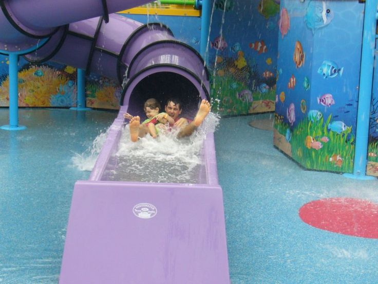 Holidays with Kids in Cairns #cairnscoconut #big4holidayparks #caravanpark