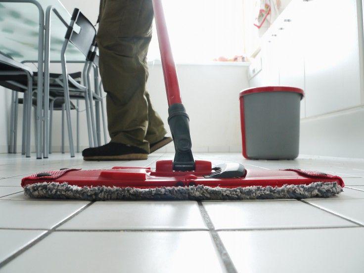 Comment Enlever Les Traces De Rouille Sur Du Carrelage Nettoyage De Carrelage Nettoyer Sol Et Nettoyant Carrelage