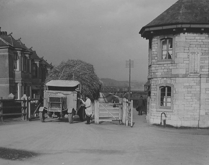 The Toll House Laira Embankment