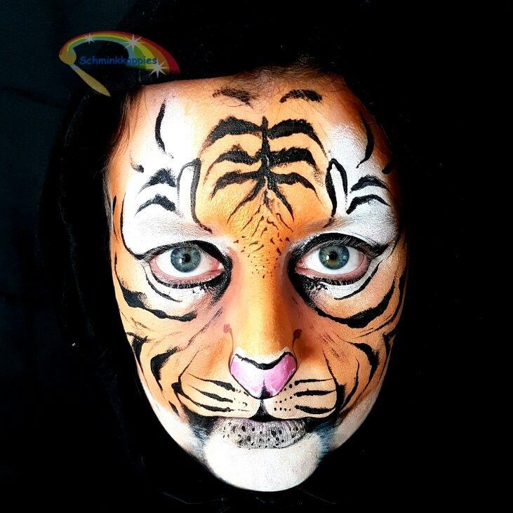 Tiger facepaint by Schminkkoppies