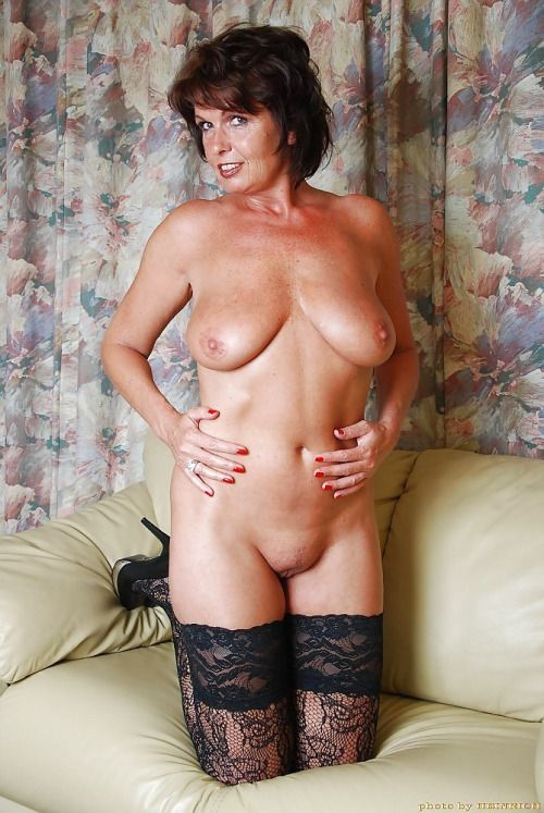 Naked Mature Wife Fucking 16