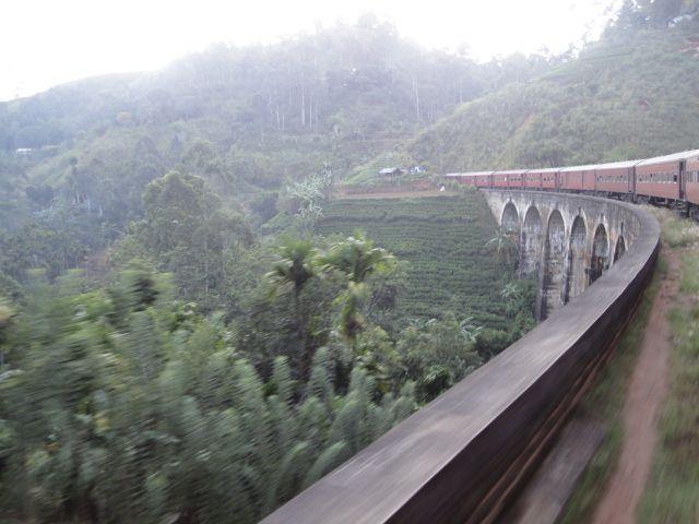 9 Arch Bridge Demodara Sri Lanka   #srilanka #travel #train #holiday #weekend