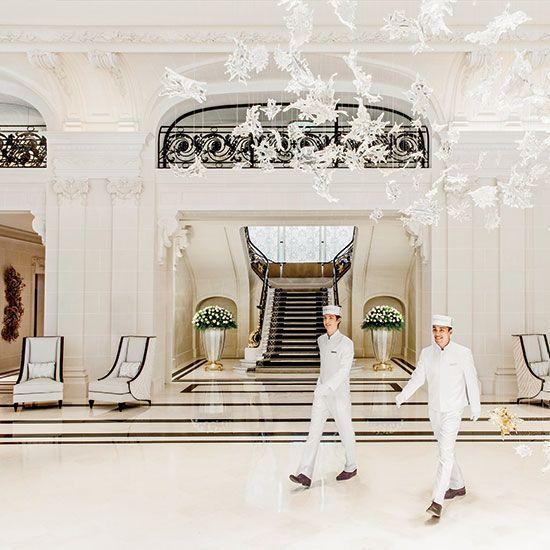 Sept 2014: The Peninsula Paris Makes a Grand Debut: Peninsula Paris Lobby