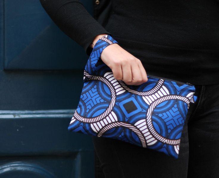 Sac/pochette en tissu africain wax et intérieur similicuir. : Autres sacs par kla