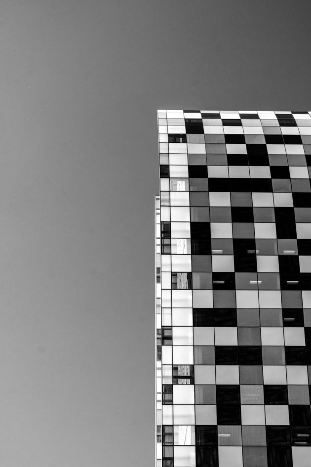 Towers in Sandton, Detail