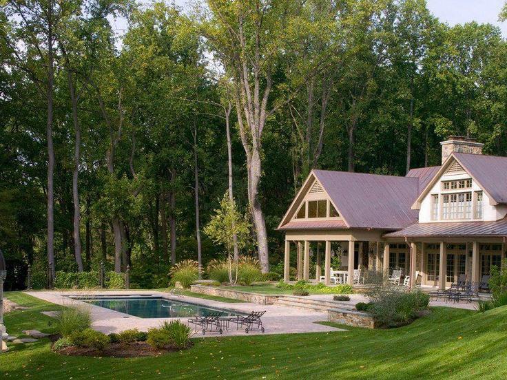 .a dreamy backyard