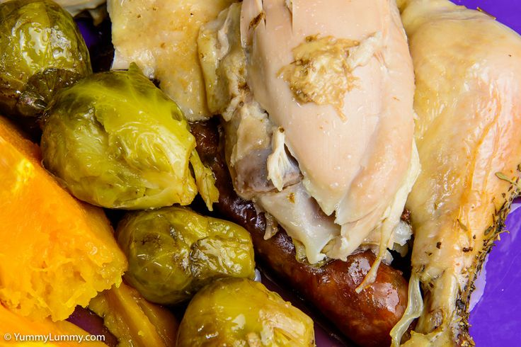 Close up of roast chicken with vegetables   http://yummylummy.com/2015/06/21/how-to-slowly-roast-a-chicken/