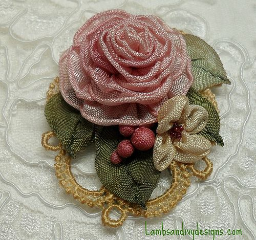ribbonwork   cameo frame made from lace