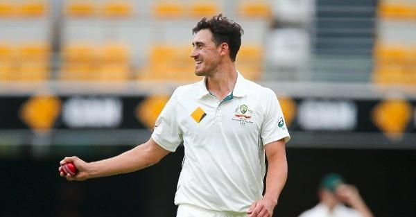 Mitchell Starc is one of the best bowlers in Australia Vs South Africa Test series 2016 and also a top contender of being leading wicket taker in Australia Vs South Africa Test series 2016.