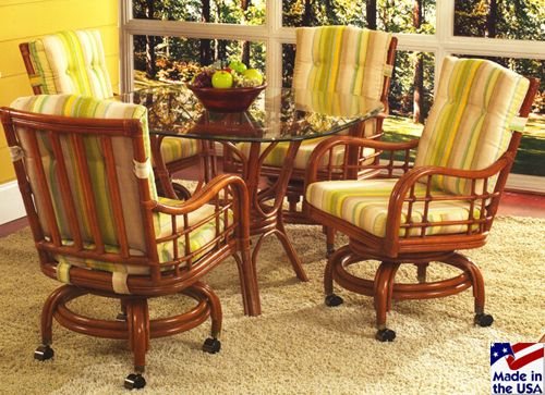 The Indoor Rattan And Wicker Dining Set Spring Lake Comes With Solid Cane Frame