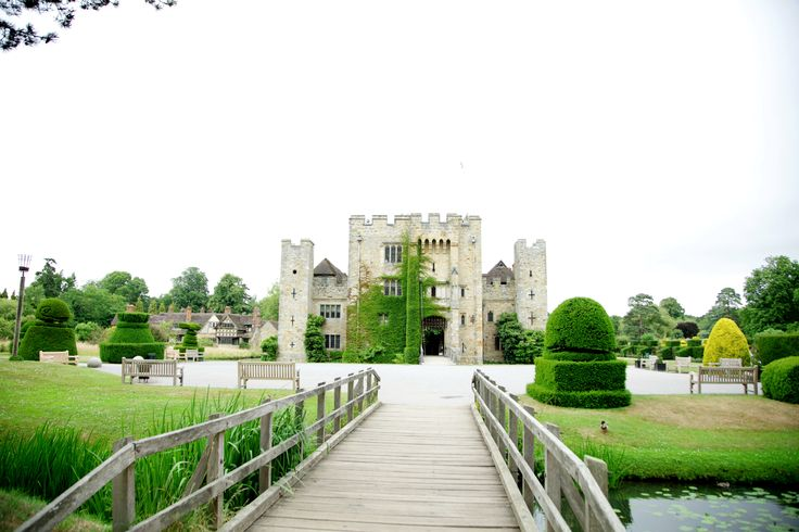 Doing photography for both Sundip and Parm at Hever Castle was excellent! We got some really great photos here.