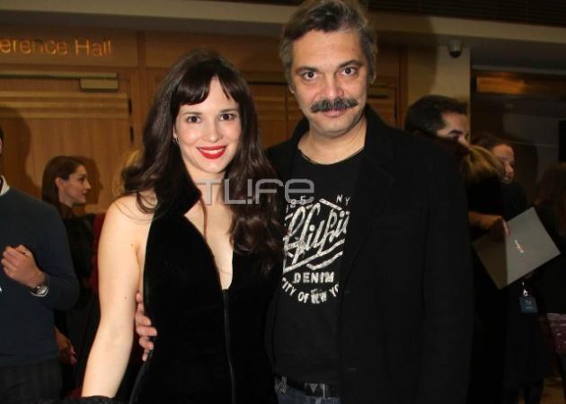 Ευγενία Δημητροπούλου: Εντυπωσιακή εμφάνιση με τον Άλκη Κούρκουλο στην πρεμιέρα της νέας της ταινίας!