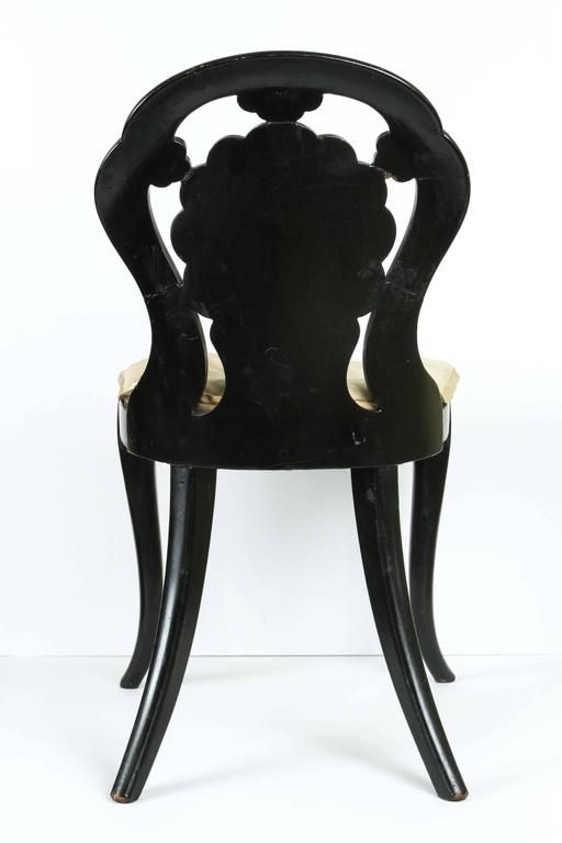 A Papier-Mache Chair in Black Lacquer with Mother of Pearl Inlay, circa 1850 4