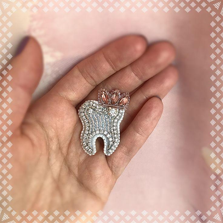 """607 Likes, 39 Comments - ⚜️NaoMi Jewelry ⚜️ (@_naomella_) on Instagram: """"Отличный подарок ко дню стоматолога 9 февралядля вашего любимого врача, который делаю вашу улыбку…"""""""