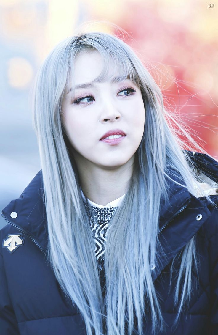 Gosh Beautiful With Any Hair Color Too 여신 Moonbyul In 2019