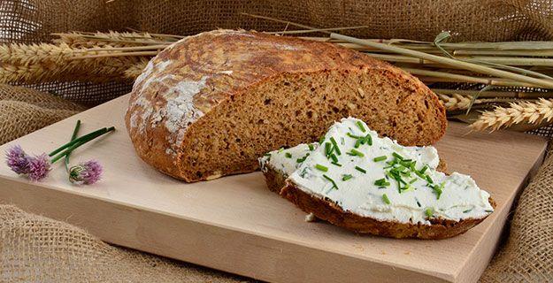 Domácí bochník chleba