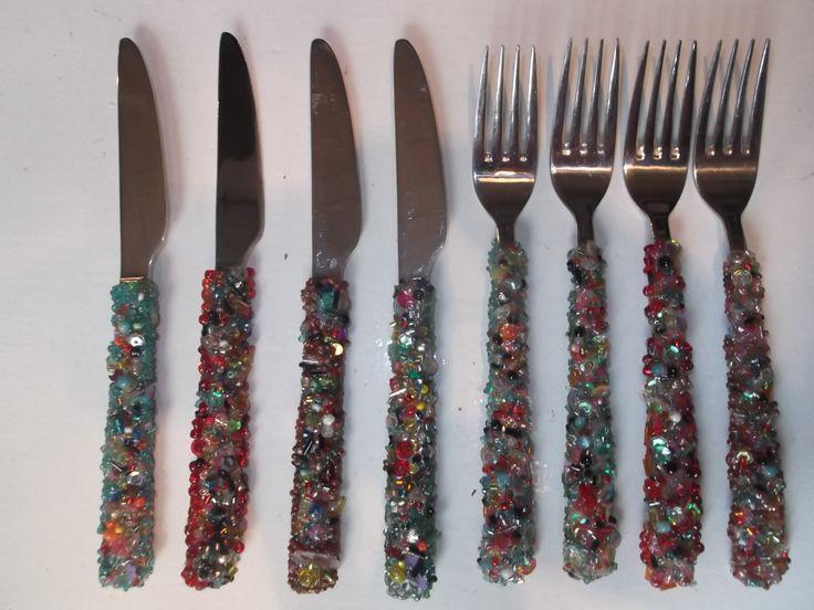 bestek met kralen / cutlery with beads by Linda van Deursen