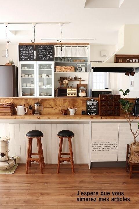 DIY kitchen decor in Japan ●キッチン内部のあれこれ*DIYしたカウンターの裏側と、男前色に変えた収納と● |・:*:ナチュラルアンティーク雑貨&家具のお部屋・:*