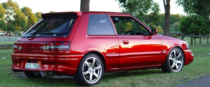 Mazda 323 Familia GTR