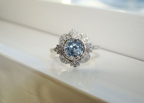 Reserved for D Antique Blue Green Sapphire Diamond por PenelliBelle