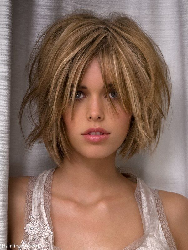 Wild Bob Hairstyle With Lifted Roots Messy Short Hair Messy Bob Hairstyles Choppy Bob Hairstyles