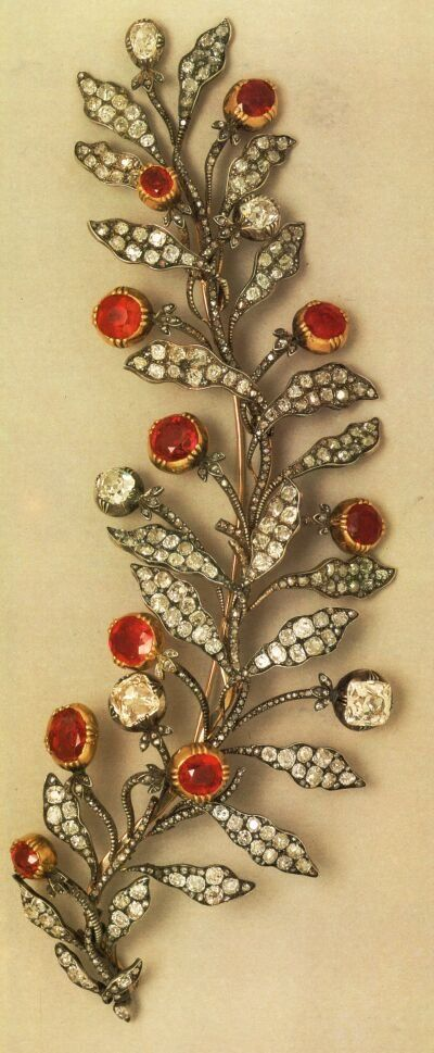Brooch owned by Empress Josephine of France.