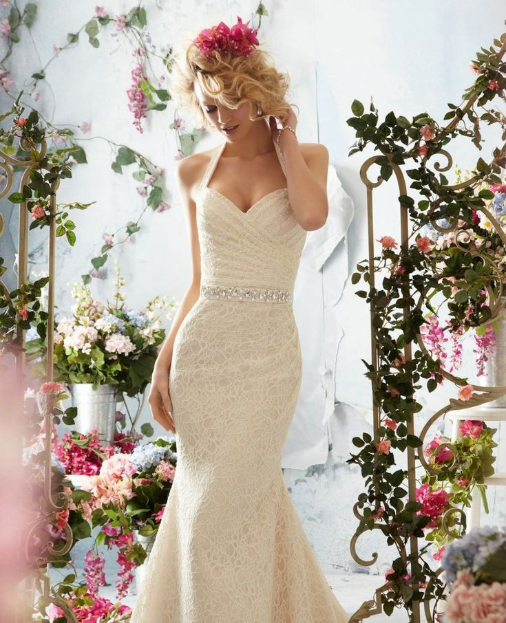 3 perfect weddings dress necklines for a small bust for Wedding dress for small bust