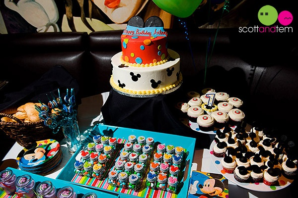 Mickey Mouse party Dessert Table
