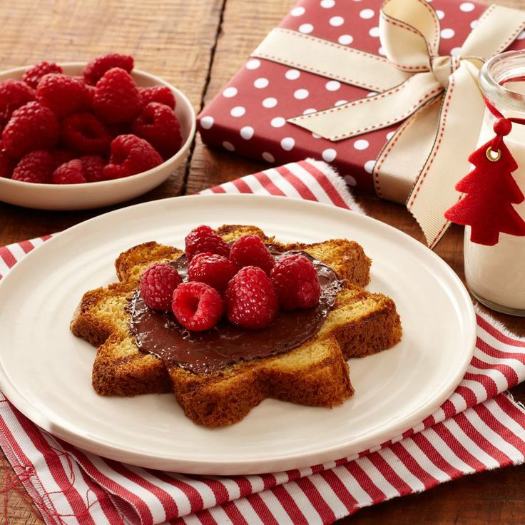 Toasted Panettone with Nutella & Raspberries