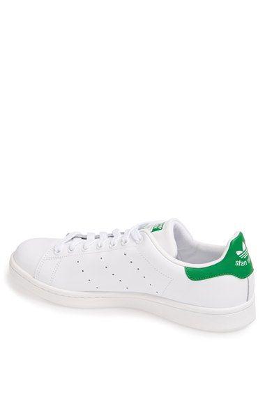 Adidas Stan Smith sneaker chic - Spring wishlist