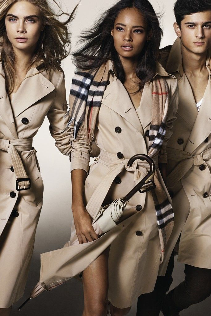 An ad visual from Burberry's fall 2014 campaign.  [Photo by Mario Testino]