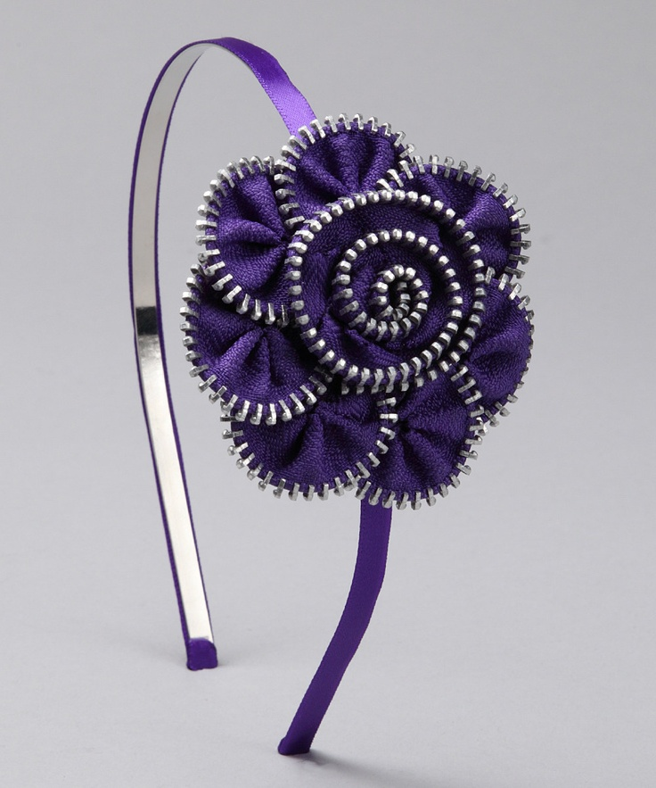 zipper flower... This has Emily written all of it :)