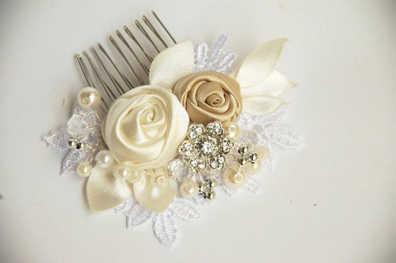 Wedding  hair comb Bridal hair comb Pearl hair comb by MkeFlower