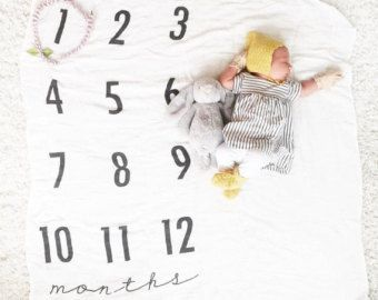 Hitos mensuales del bebé manta de aniversario hito por DotBoxed