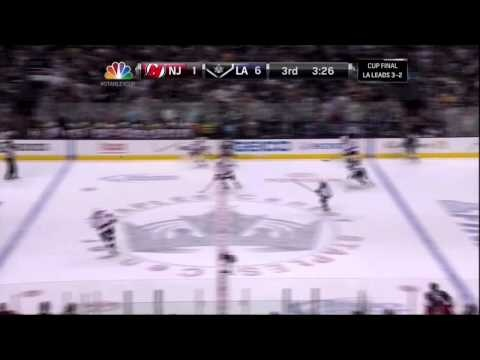 Matt Greene goal. New Jersey Devils vs LA Kings Stanley Cup Game 6 6/11/12 NHL Hockey  ...BTW, Keep in touch with hockey on your mobile : http://www.amazon.com/gp/mas/dl/android?asin=B00FVD65JG