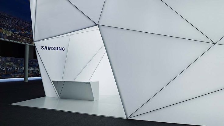 Samsung Network Solutions | MWC 2013 Barcelona - Booth Entrance