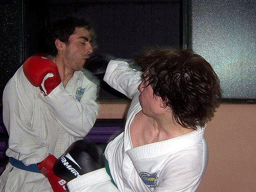https://flic.kr/p/3WjQqA | Marcelo and Juan | Juan punches Marcelo while sparring #taekwondo #martialarts #santiagopinto #punch #blackbelt #태권도 #sparring #lucha