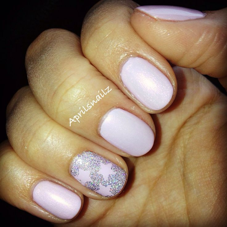 Christy C's nails @sasssycc @aprilsnailz | CND Shellac Cake Pop + Moonlight and Roses. Star nails. Wedding nails. Wedding guest nails. Pink nails. Shellac nails designs. **Leave the credits and details as these are someone's nails!**
