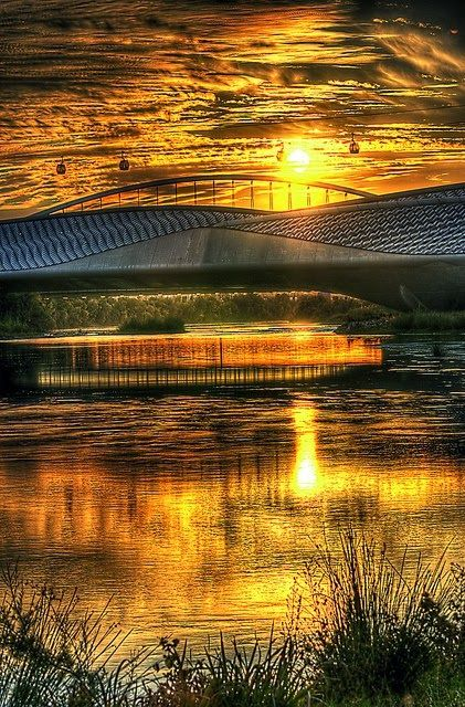 Beautiful Sun Reflection Zaragoza Aragon Spain