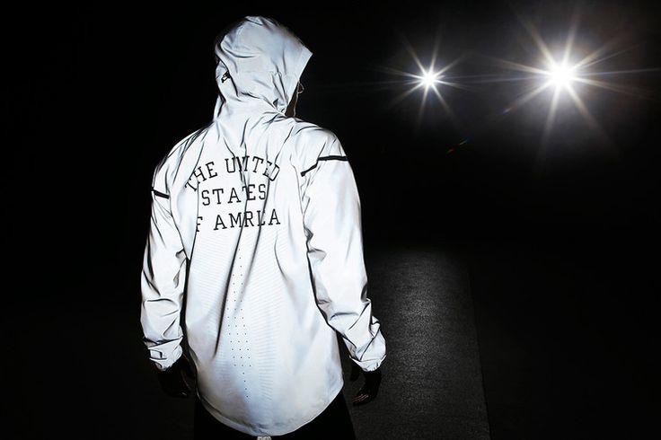 glowing London running jacket: Nike Jackets, Olympics Jackets, Windrunn Jackets, Nike Windrunn V, Olympics Style, Nike Olympics, Nike 21St, Nike Reflection, Team Usa