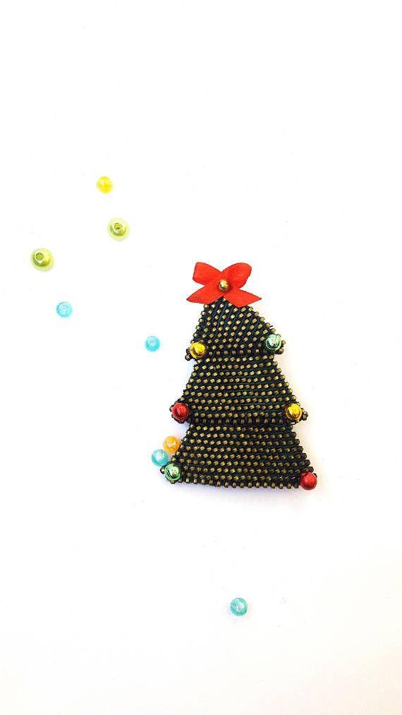 Green christmas tree  OOAK christmas brooch Christmas tree