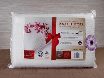Travesseiro Performance de Látex Toque de Rosas - Fibrasca 4825 com as melhores condições você encontra no Magazine Raimundogarcia. Confira!