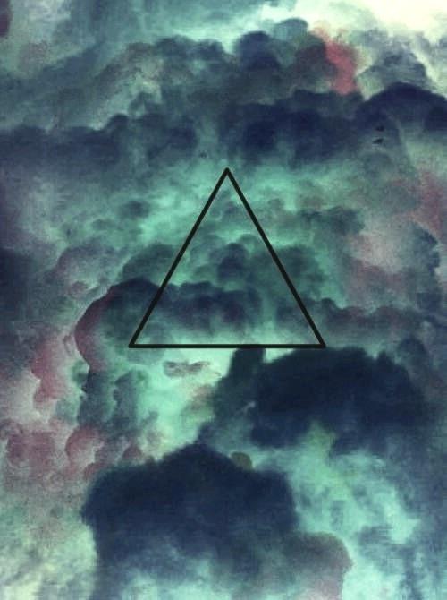 // triangle // clouds //