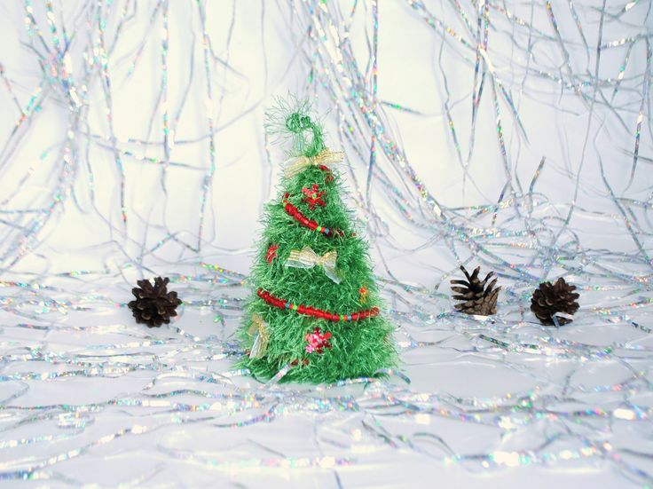 Christmas fir tree New Year's gift decoration Cubicle decor Cute office decor Fireplace mantel Beaded trees Table decor Knitting accessories (12.95 USD) by syvenir3dnru
