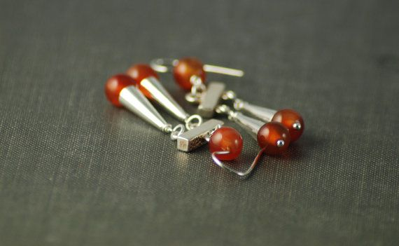 ADELPHA: Roman inspiration earrings - Hand assembled Sterling silver and carnelian - Light weight - Small size - Orange - Gladiator