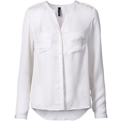 Een mooie witte blouse is altijd goed!