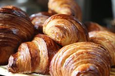 La recette inratable des croissants au Thermomix (TM5 ou TM31) ! Confectionnez vos propres croissants : c'est la grande classe et le plaisir assuré !