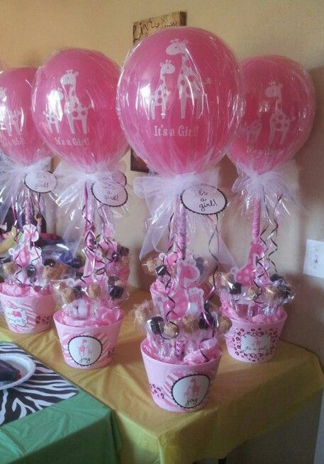Centros de mesa con globos de látex para decoración de baby shower. #DecoracionBabyShower
